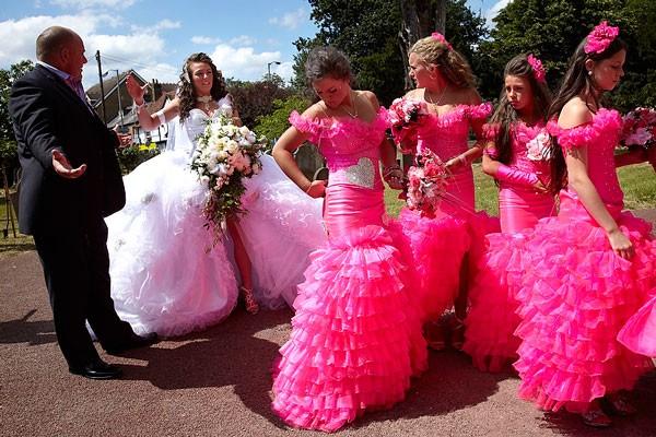 10-greșeli-pe-care-nu-trebuie-să-le-faci-când-îți-alegi-rochia-de-mireasă