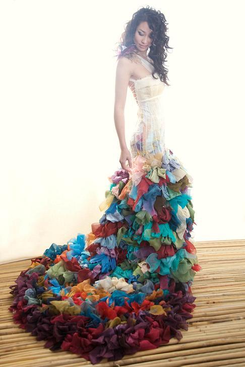 rochie mireasa in culori