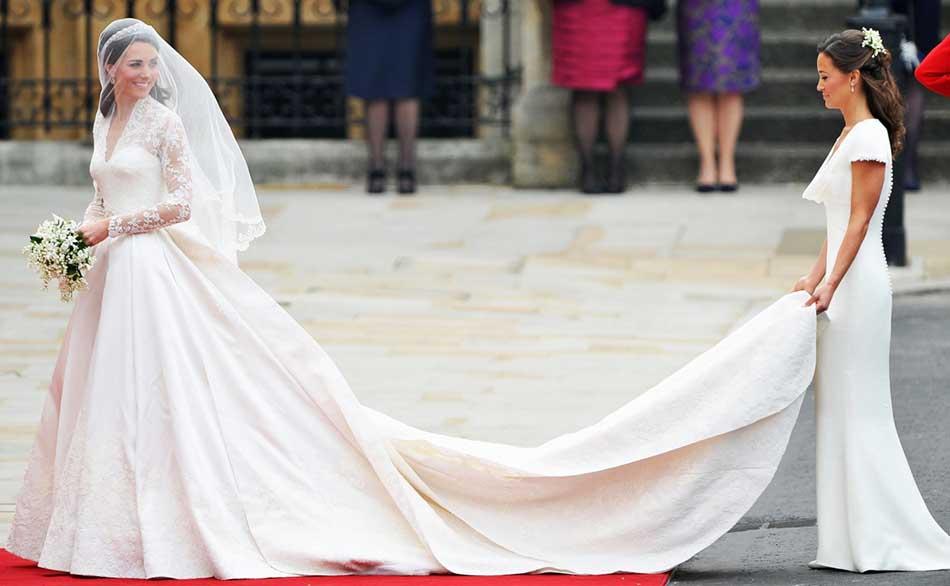 Rochia de mireasă a lui Kate Middleton