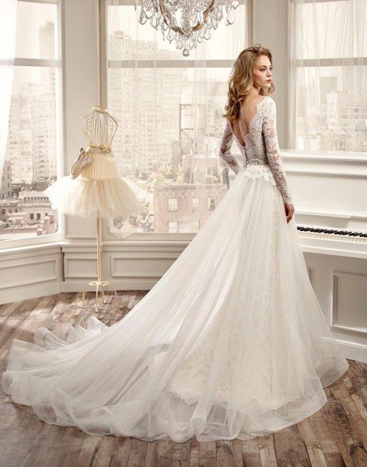 rochie mireasa cu trena pentru 2017