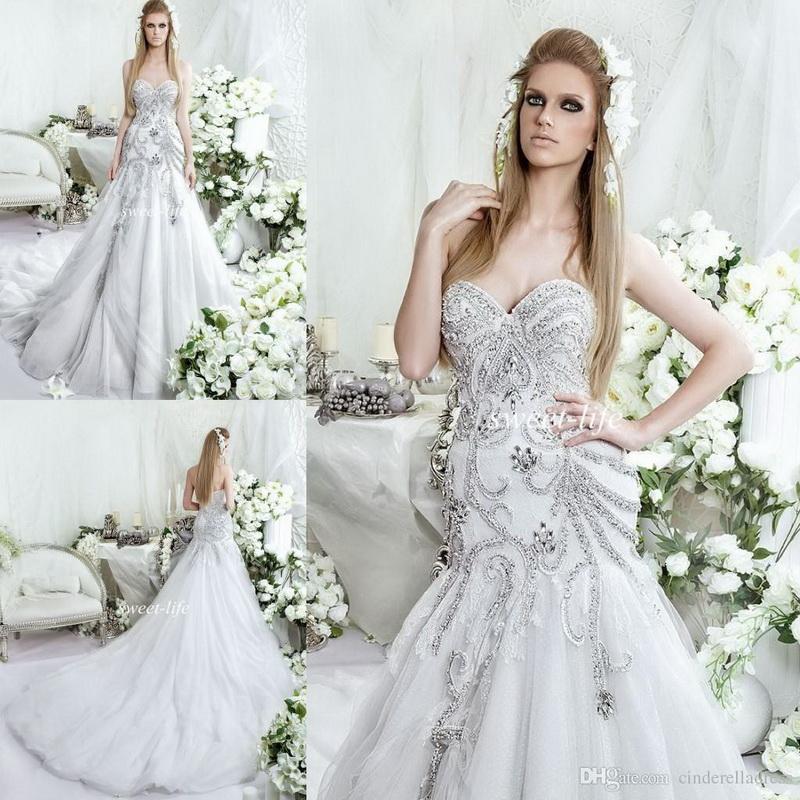 rochie mireasa regina