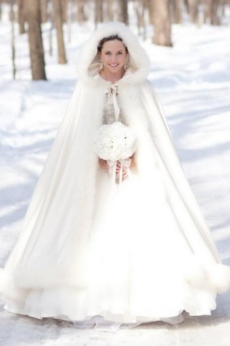 pelerina pentru nunta iarna