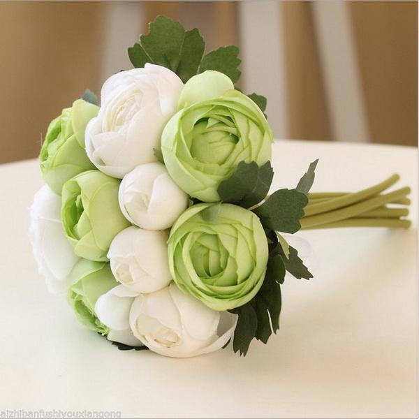 buchet mireasa cu bujori albi si verzi