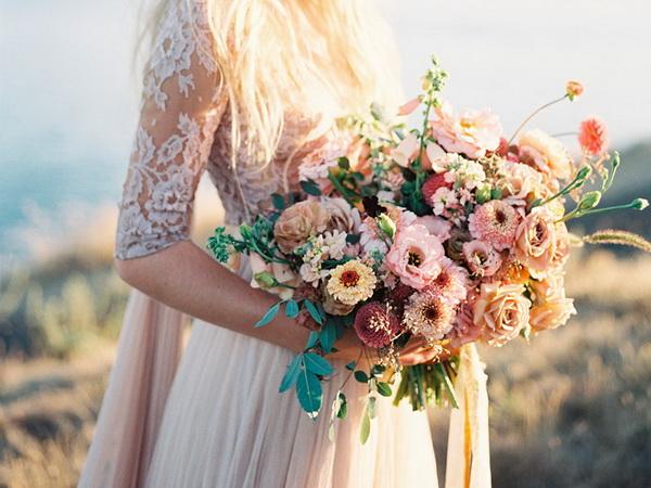 flori de gradina pentru buchetul miresei