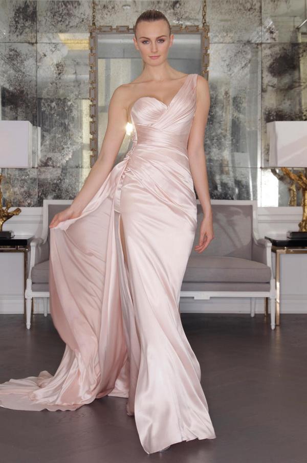 rochie mireasa roz 2017