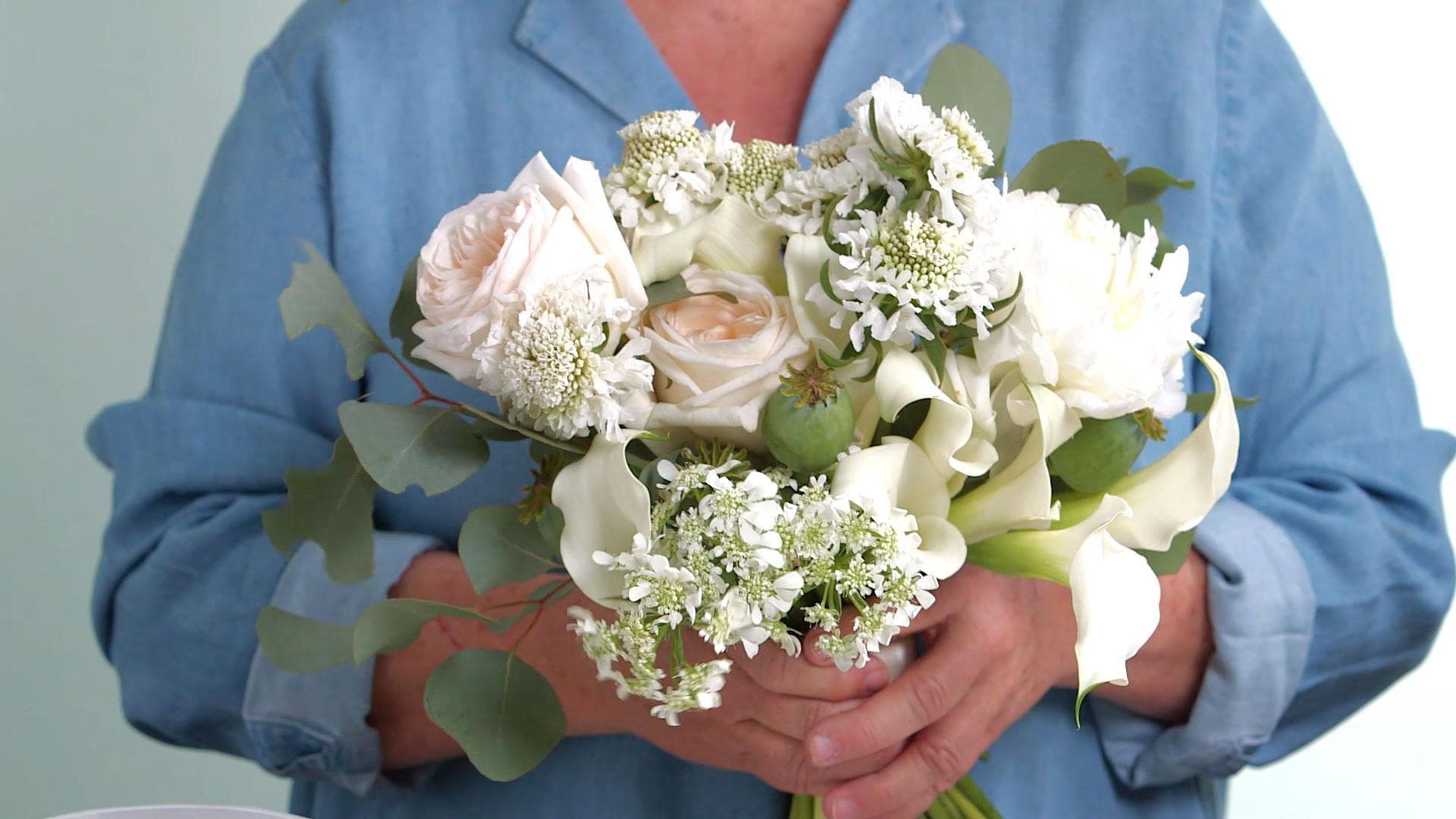 Buchet de mireasa din flori artificiale ieftin