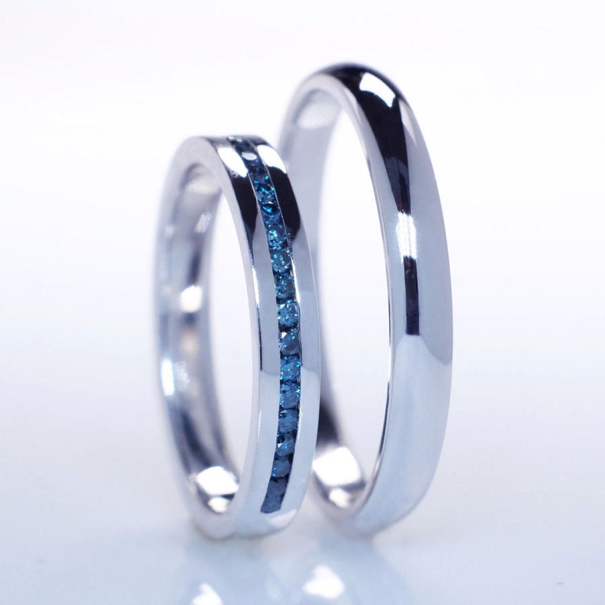 Verighete cu diamante albastre